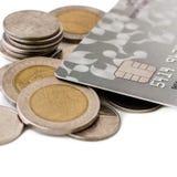 Монетки и кредитные карточки Стоковое фото RF
