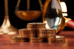 Деньги и правосудие Стоковое Фото
