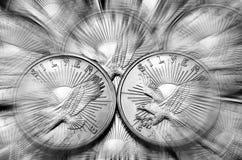 Монетки серебряных Eagles Стоковые Фотографии RF