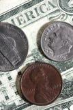 монетки счетов Стоковое Изображение