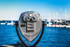Монетк-работаемые туристские бинокли в США Стоковая Фотография