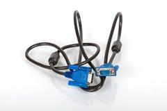 монитор близкой связи клиппирования кабеля предпосылки весьма над путем вверх по белизне vga Стоковая Фотография