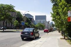Монреаль, Квебек, Канада - 18-ое июля 2016 - родовой солнечный st зеленого цвета Стоковая Фотография