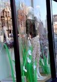 Монтаж окна магазина, улицы, зданий стоковые фото
