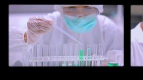 Монтаж экранов показывая научные сцены сток-видео
