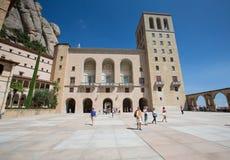 Монтсеррат, ИСПАНИЯ - 26-ое августа 2014: Аббатство Santa Maria de Монтсеррата, монастырь Стоковые Фото