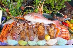Морепродукты показанные для продажи на острове Крита, Греции стоковое изображение rf
