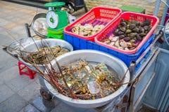 Морепродукты в уличном рынке Стоковая Фотография