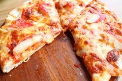 Морепродукты и сыр пиццы Стоковые Изображения RF