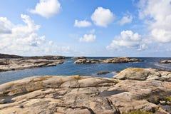 море архипелага утесистое стоковые фотографии rf