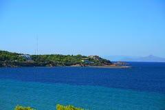 Море бирюзы на Voula, Athen стоковые фотографии rf
