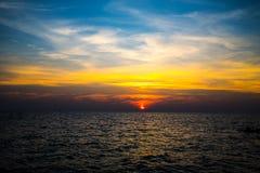 Море восхода солнца на острове Munnork Koh, Gulf of Thailand Стоковое фото RF