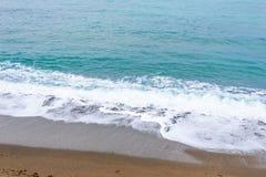 Море, волны, песок Стоковое Изображение