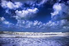 Море в зиме Стоковое Изображение