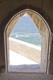 Море в каменном окне Стоковая Фотография RF