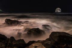 Море в ноче Стоковая Фотография RF