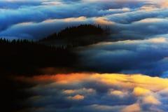 Море горы облаков Стоковые Фото