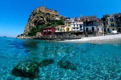 море замока под волной Стоковое Фото