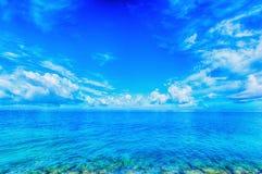 Море изумрудно-зеленого, Окинава Стоковая Фотография RF