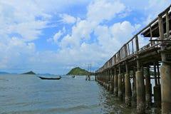 Море и пристань Стоковое Изображение RF