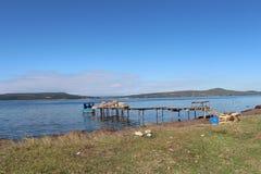 Море и рыболовы стоковая фотография rf
