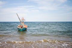 Море и шлюпка Стоковые Изображения RF