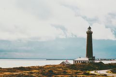 Море ландшафта маяка на предпосылке Стоковое фото RF