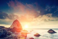 море облицовывает заход солнца Стоковые Изображения