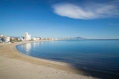 Море, песок и облако Стоковые Фотографии RF