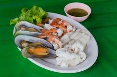 море петрушки еды рыб зажаренное в духовке плитой Стоковое Изображение