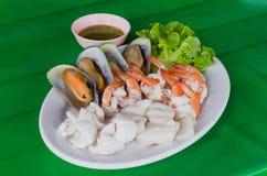 море петрушки еды рыб зажаренное в духовке плитой Стоковые Изображения