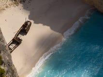Море пляжа Navagio Ionian Стоковое Изображение