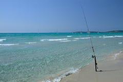 Море Сардинии, Италии - рыболовства в Porto Pino Стоковые Фотографии RF