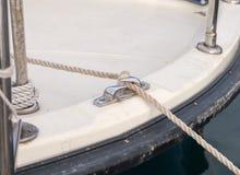 море узла пала шлюпки предпосылки голубое Стоковое Изображение