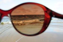 Море через солнечные очки Стоковая Фотография RF