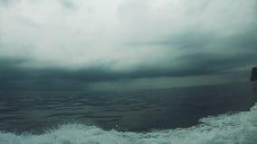Море Andaman r Ужасный шторм сток-видео