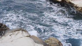 Море bly развевает и белые утесы видеоматериал