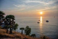 Море Glassland и заход солнца Стоковое Фото