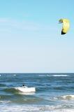 Море kiteboarding, FL Стоковые Изображения