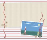 Море striped красная белая предпосылка с светлой бежевой циновкой, красной веревочкой, круглыми раковинами, диаграммой анкера мет бесплатная иллюстрация