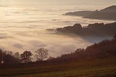 море valle зоны провинции messi Италии Ломбардии тумана delle заволакивания brixia Стоковые Фотографии RF
