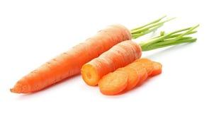Моркови целого и отрезка свежие стоковая фотография rf