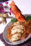 морковь высекая свинину рук Стоковые Фото