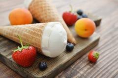 Мороженое в конусах Стоковое Фото