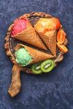 Мороженое лета с плодоовощ Стоковые Изображения