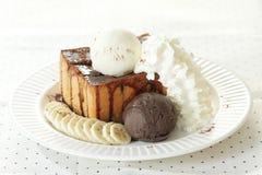 Мороженое и провозглашанный тост хлеб Стоковое Изображение RF