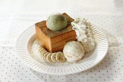 Мороженое и провозглашанный тост хлеб Стоковые Фотографии RF