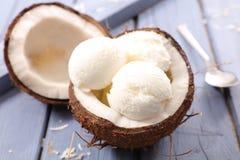 Мороженое кокоса Стоковая Фотография
