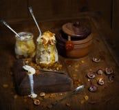 Мороженое на деревенской деревянной предпосылке Стоковые Фото