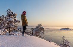 Морозное сумерк на Lake Ladoga стоковое изображение